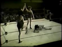 Collector's Classics 1 - 1950's Girls Wrestling (Silent) Clip 2 00:40:40