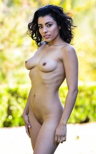 32d breast nude